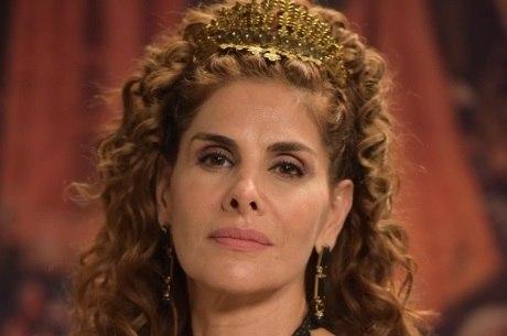 Atriz conta que está apaixonada por sua personagem em Belaventura