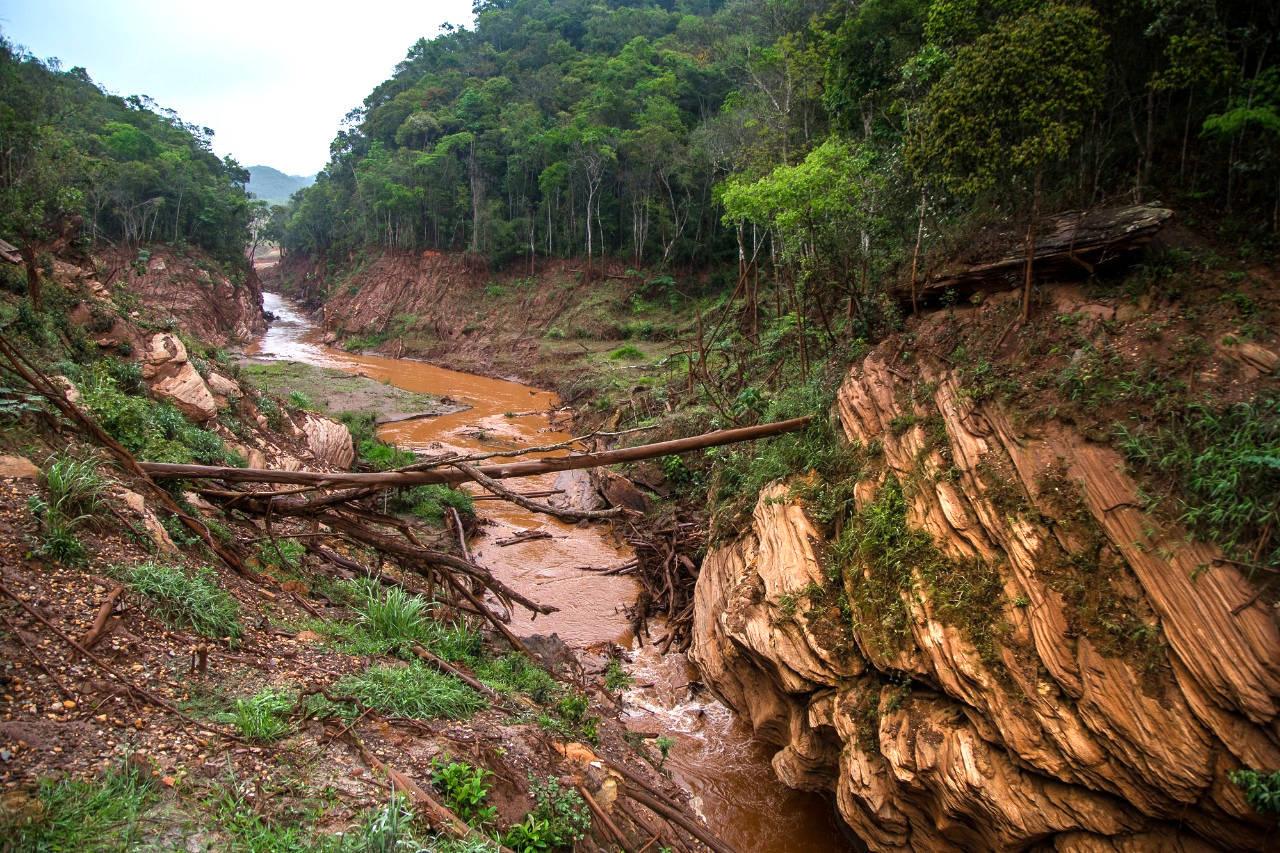 Justiça suspende ação criminal por homicídio contra a Samarco