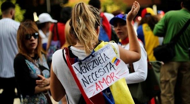 País vive longa crise econômica e política e protestos se tornaram frequentes nas ruas das cidades