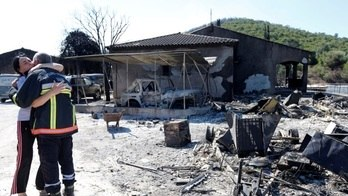 Incêndio na Riviera Francesa evacua mais de 10 mil pessoas (Reuters)