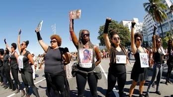__Como as mulheres negras enfrentam uma vida de violações__ (Reprodução)
