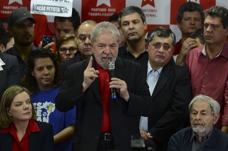 NOTÍCIAS – Lula avisa Moro que vai recorrer de sentença pelo triplex do Guarujá