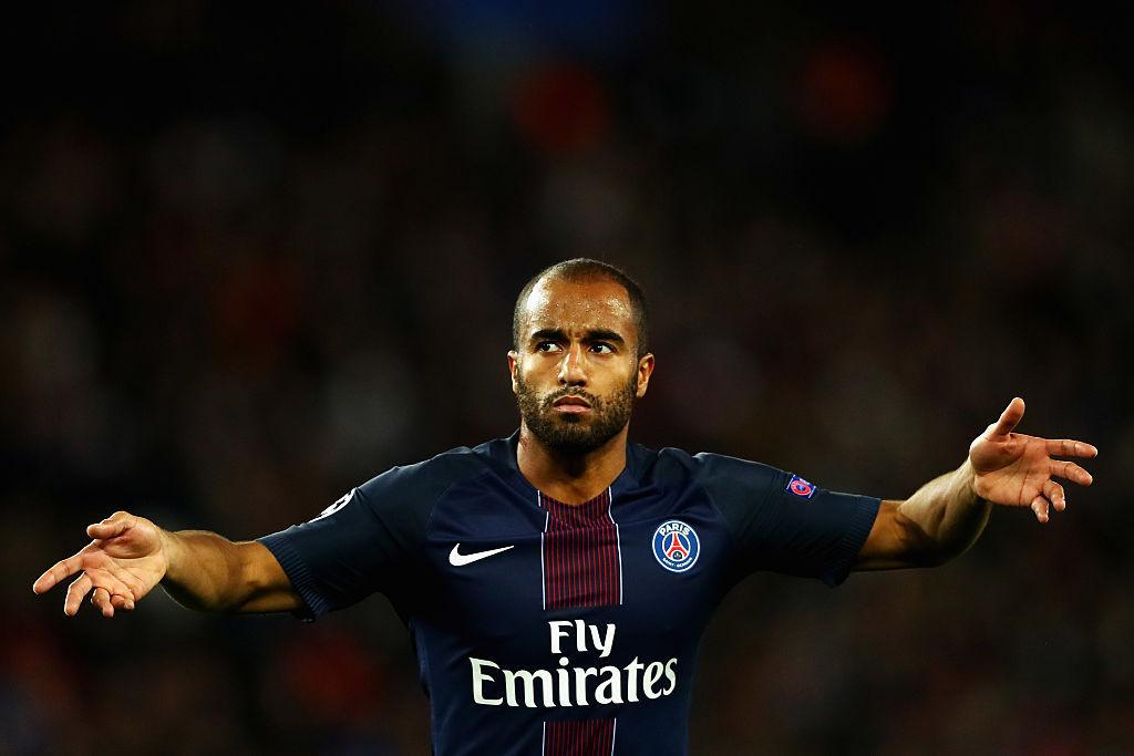 Reforço do Tottenham, Lucas volta ao PSG para se despedir dos companheiros