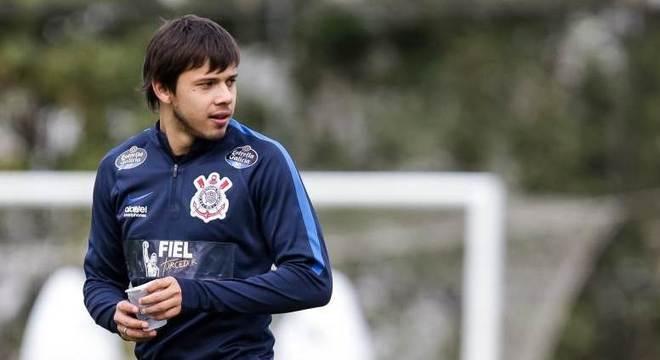 Atacante paraguaio Romero está de volta ao time titular do Corinthians