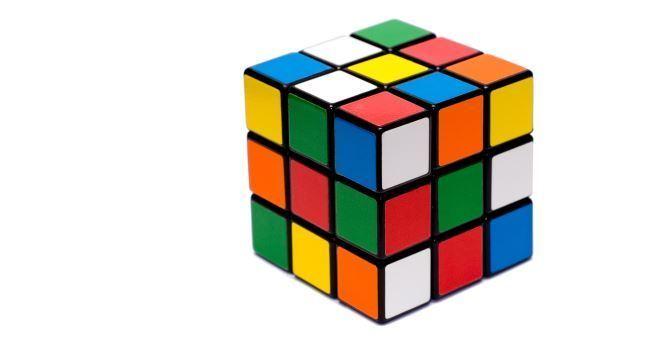 Um cubo mágico nunca foi resolvido com tanta velocidade. Assista!