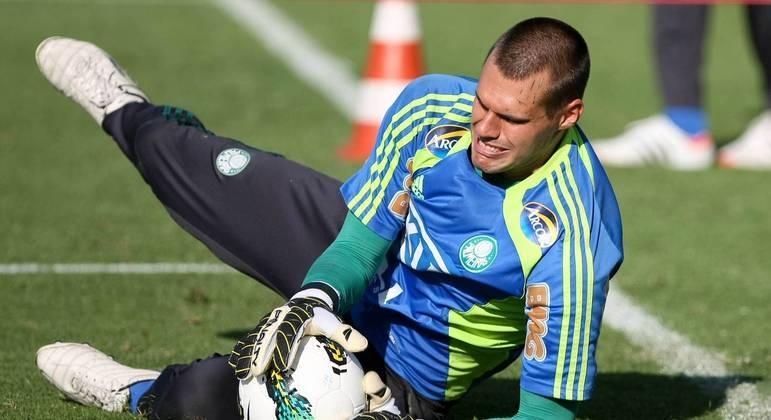 Deola defendeu o Palmeiras por muitos anos, mas nunca conseguiu se firmar