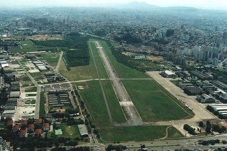 Em 2018, dois aviões já caíram na região do aeroporto