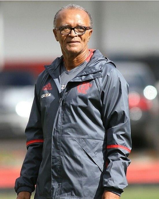 Flamengo está perto de acertar com Reinaldo Rueda, técnico campeão da Libertadores