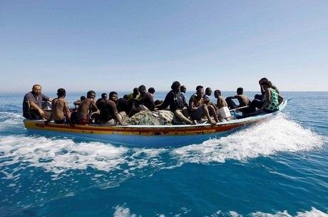 Rota migratória do Mar Mediterrâneo é considerada a mais mortal do mundo