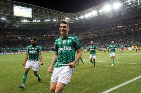 Moisés entrou no intervalo e marcou para Palmeiras