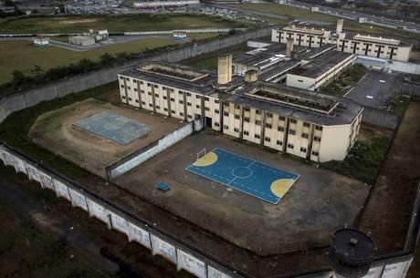 Imagem aérea da Penitenciária de Guarulhos