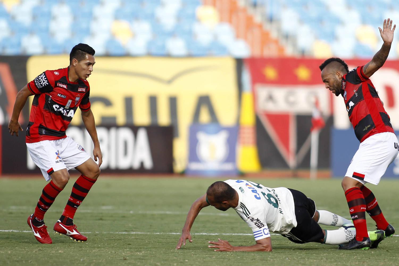 Coritiba perde para o lanterna Atlético-GO fora de casa