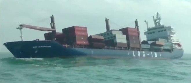 Resultado de imagem para acidente queda container