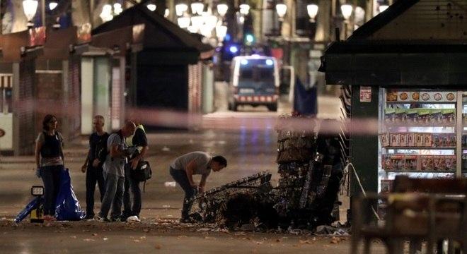 Ataque em Barcelona deixou 13 mortos nesta quinta