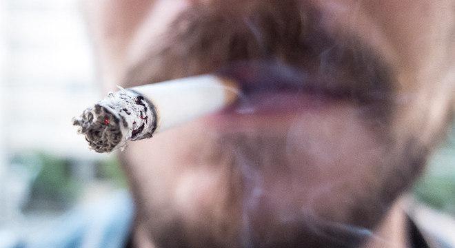 O consumo de cigarros é maior entre os homens no Brasil