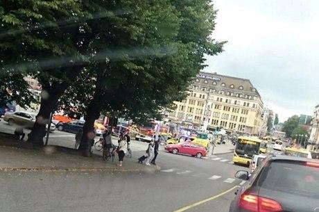 Polícia pediu para que moradores evitem o local do ataque