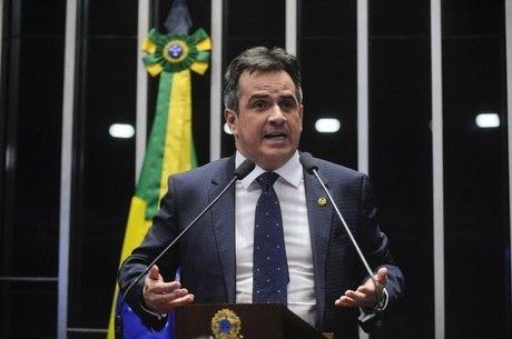 PF faz buscas em endereços de Ciro Nogueira