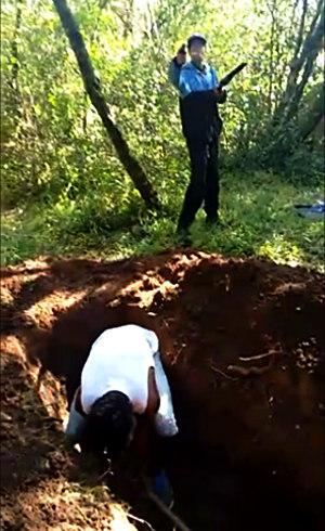 Em uma das cenas o criminoso se gaba de pertencer a facção criminosa paulista