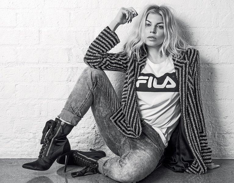 Fergie sinaliza possível parceria com Anitta: