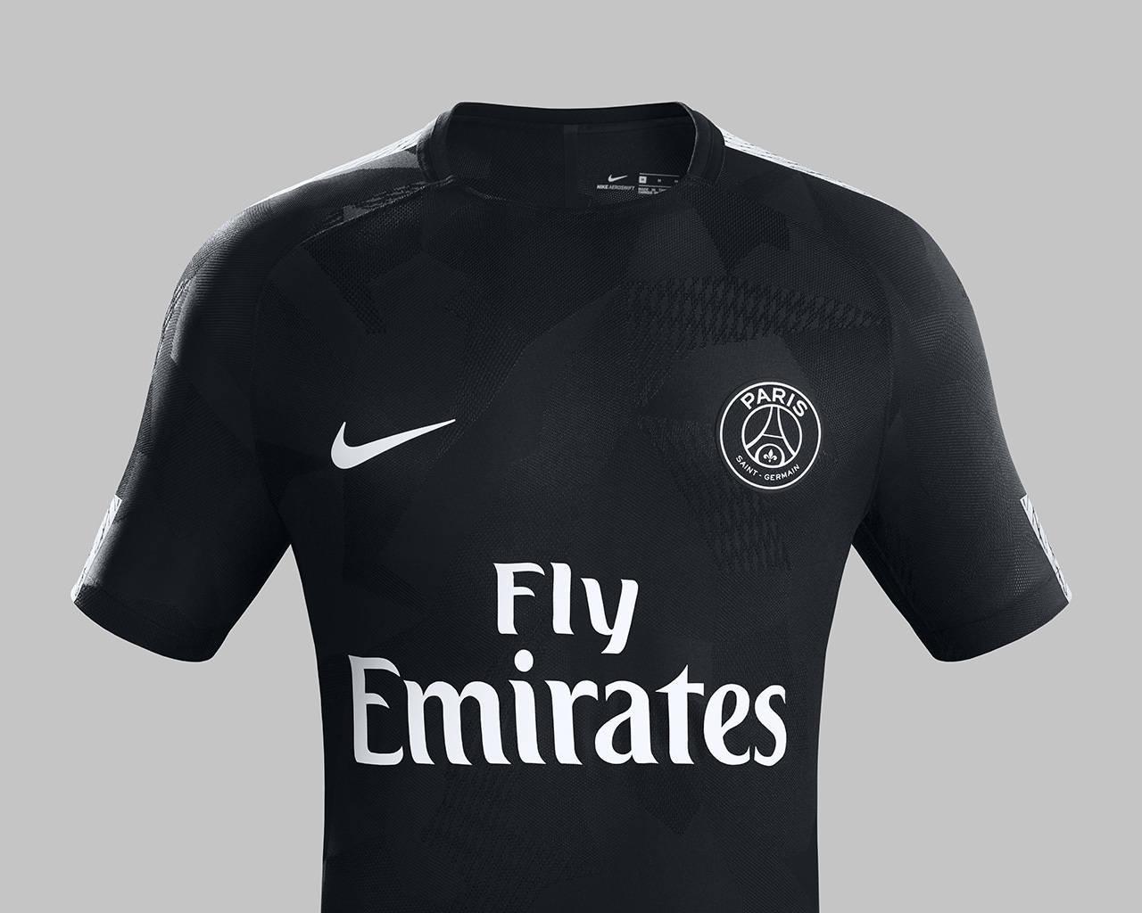 PSG lança nova terceira camisa com Neymar e Mbappé de modelos - Esportes -  R7 Futebol d6e58b24b600d