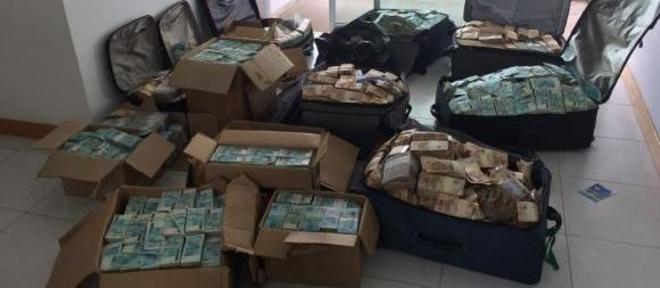 Maior apreensão em espécie da história da PF, R$51 milhões foram encontrados na terça-feira (5)