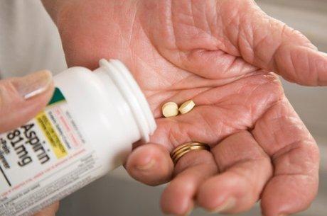 Cientistas acreditam que desenvolvimento de droga será facilitado de aspirina já ser uma droga licenciada