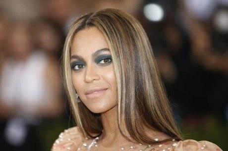 Cantora Beyoncé durante evento, em Nova York