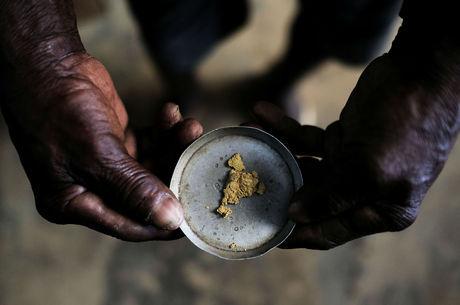 Mineração e indústria voltarão a operar no Peru