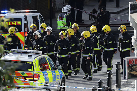 Explosão  no metrô de  Londres teria acontecido num balde