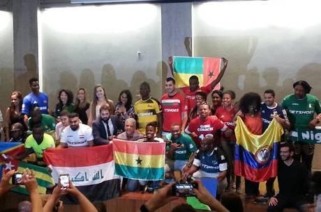 Capitães e organizadores da 4ª Copa dos Refugiados