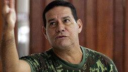 General ganha apoio após sugerir intervenção militar e Exército hesita sobre punição ()