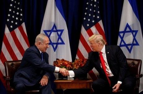 Trump e Netanyahu se cumprimentam na sede da ONU