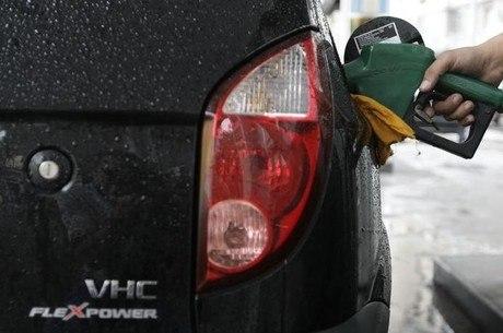 Litro da gasolina está 10% mais em conta nos postos