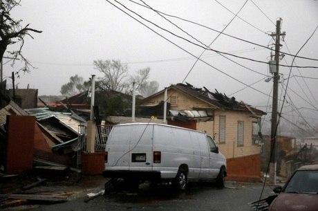 Ilha de Porto Rico ficou devastada após passagem do furacão Maria