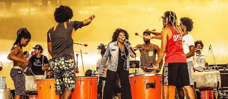 Margareth Menezes e a 'Quebales', do Nordeste de Amaralina, se apresentam neste sábado (23), no palco Sunset do Rock in Rio 2017