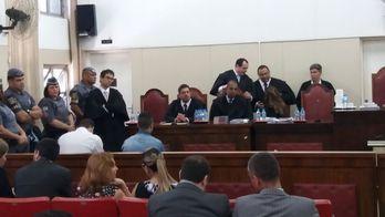 Júri de Osasco: advogado revela nomes de jurados diante dos réus (Peu Araújo/R7)