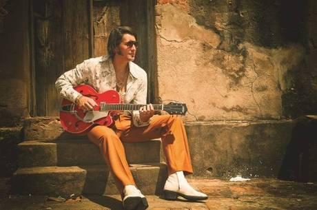 Rodrigo José curte de Ovelha a Elvis