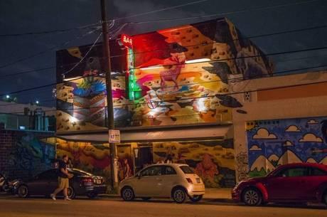 O bairro à noite
