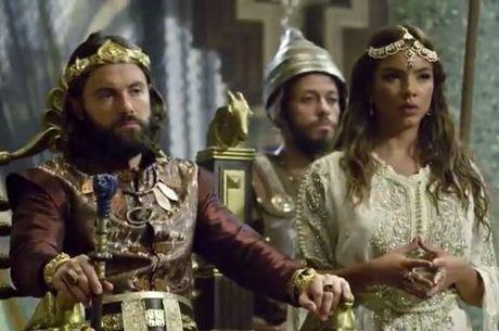 Evil-Merodaque toma sua primeira decisão como rei