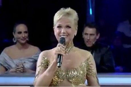 Xuxa anuncia novidades e anima público