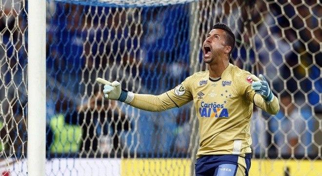 Fábio defendeu a cobrança do meia Diego nas penalidades máximas