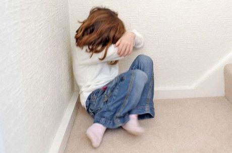 Crianças são comumente desacreditadas por adultos na hora de denunciar abusos, diz especialista
