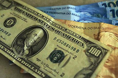Dólar chega a R$ 3,74 nesta sexta-feira