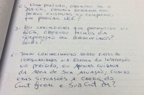 O ex-coronel questiona a existência de mimos da corporação ao coronel da reserva Marco Antonio Augusto