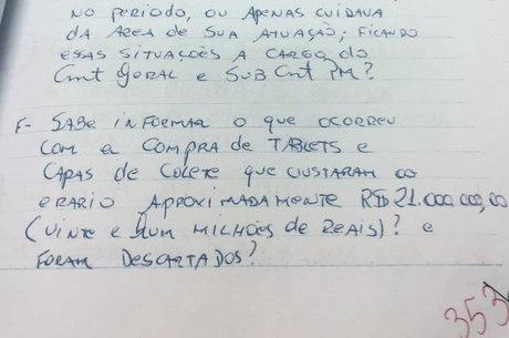 Trecho da carta à Corregedoria onde Adriano questiona o fim de R$ 21 milhões em tablets e capas de colete