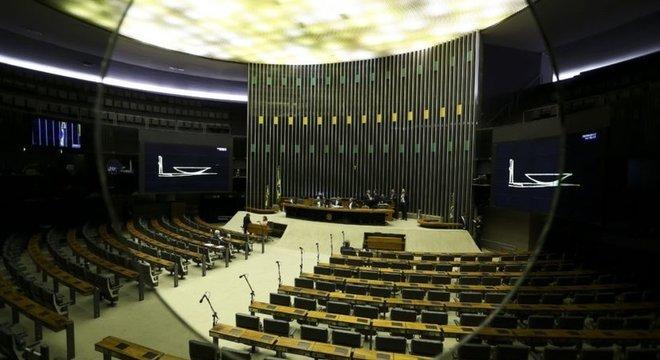 Disputa política trava trabalhos na Câmara dos Deputados. Entenda