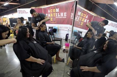 Doação de cabelo pode ser feita da Estação Central do metrô, na Rodoviária do Plano Piloto