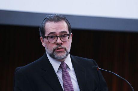 Dias Toffoli vota contra prisão de Lula