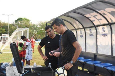 Ricci estreia uso do árbitro de vídeo na Libertadores