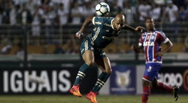 Felipe Melo substituiu Bruno Henrique aos 27 minutos do segundo tempo